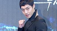 김현중, 전여친과 `진실공방`